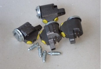 Brake slave cylinders